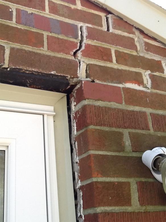 Brick Crack_HouseofGold