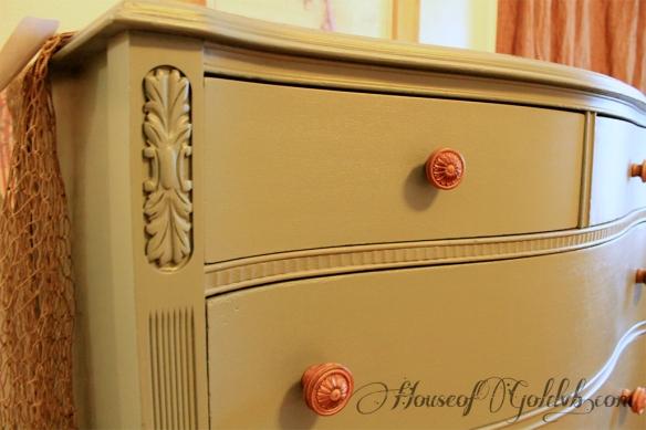 Dresser Closeup_HouseofGold